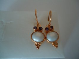 Ohrringe silber vergoldet Wasserperle kleiner Saphir