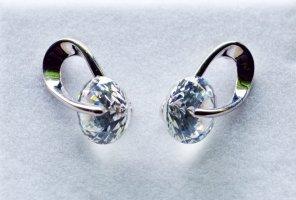 fashion jewelery Zarcillo gris claro-blanco metal