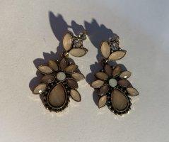 Bijou Brigitte Statement Earrings gold-colored