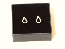 Ear stud silver-colored stainless steel