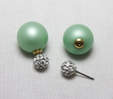 Ear stud lime-green-white