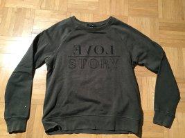 olivgrünes sweatshirt von Amisu gr.S