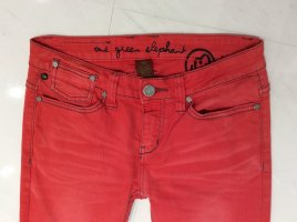 One Green Elephant Jeans Gr. S ROT