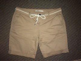 ONLY Shorts mit Gürtel