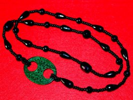 Pearl Necklace black-forest green