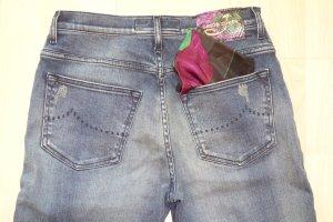 Org. JACOB COHEN 7/8 Jeans Kimmy mit Waschung und Einstecktuch Gr.27