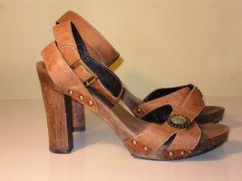 Laurèl High-Heeled Sandals brown wood
