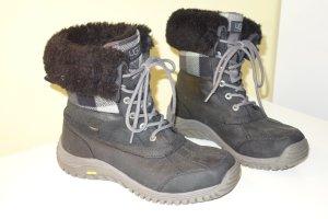 Org. UGG Australia Adirondack Outdoor Schnür-Boots mit Lammfell VIBRAM waterproof Gr.40 inkl. Karton