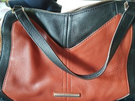 Orginal nie getragene Tommy Hilfiger 100% Leder Umhängetasche oder Handtasche in braun rot schwarz!!