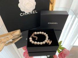 Original Chanel Armband gold mit Perlen CC Anhänger