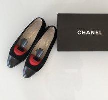 Chanel Ballerine en pointe noir cuir