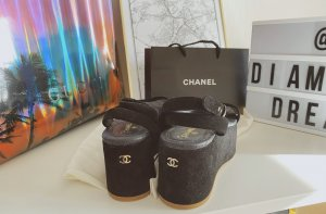 Chanel Platform Pumps black-gold orange
