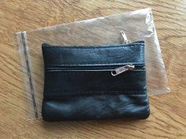 Original klein Ziege leather!