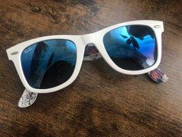 Ray Ban Lunettes de soleil ovales blanc
