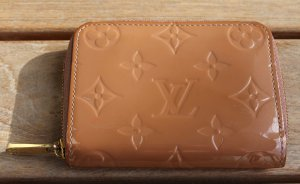 orignal Louis Vuitton LV Portemonnaie Geldbörse Zippy Vernis hellbraun Monogram nude