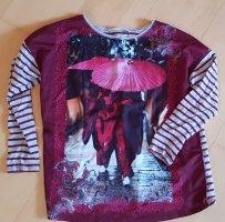 OUI - Langarm Printshirt Gr. 40Motiv: 2 rot gekleidete Mönche unter asiatischem Regenschirm