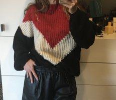 Oversize Pulli Pullover Blogger Chevron schwarz rot weiß zara Stradivarius Strickpulli