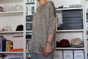 Oversized-Shirt in einem eleganten gold Ton