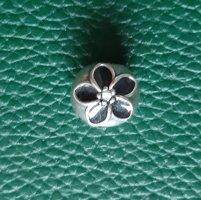 Pandora Clip Blume