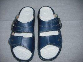 Sabots dark blue leather