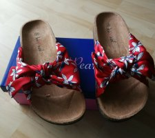 Pink Pearl Comfort Sandals red