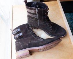 Pat Calvin Rauhleder Leder Boots Stiefel gefüttert braun Gr. 40