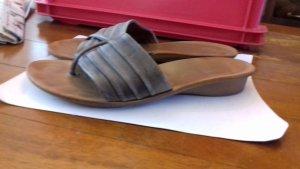 Paul Green Toe-Post sandals grey brown