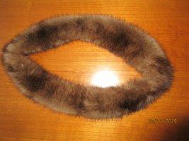 Écharpe ronde marron clair fourrure
