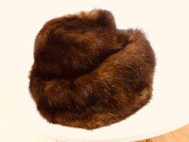Chapeau en fourrure brun-cognac fourrure