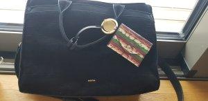 Perfekte Tasche fürs Büro