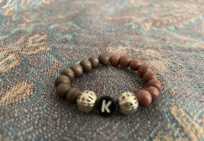 Bracelet gris-gris brun