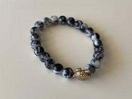 Brazalete de perlas negro-blanco