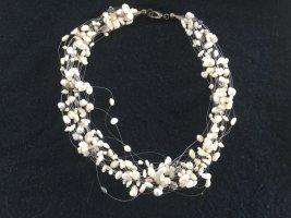 Collar estilo collier blanco-gris claro