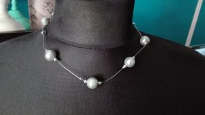 Pearl Necklace light grey
