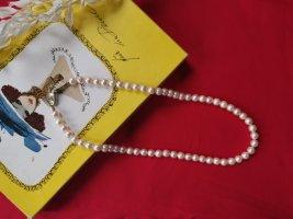 Vintage Pearl Necklace white-cream