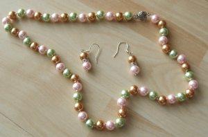 Perlenkette mit Ohrringen - Pastelltöne