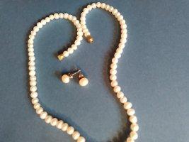 Perlenkette mit Ohrstecker