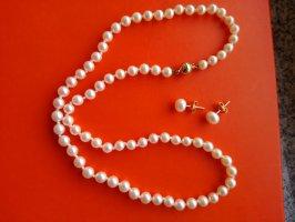 Perlenkette mit passenden Ohrstecker ,vintage mit 585 er Gold