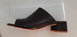 Pertini Heel Pantolettes black leather