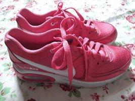 Pink Nike Air Max Commander