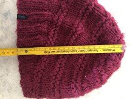 Pinke Beanie-Mütze