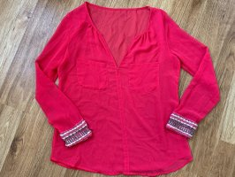 Pinke Bluse mit Bestickung