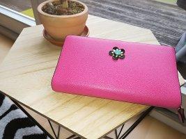 pinke Brieftasche von Paprika