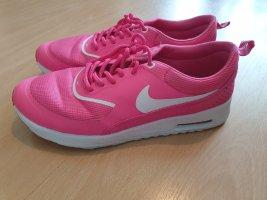 Pinke Nike Schuhe 39