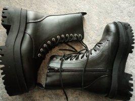 Plateau Boots neu