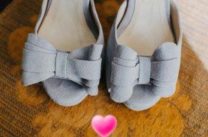 High Heels light grey