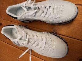 PlateauSneaker