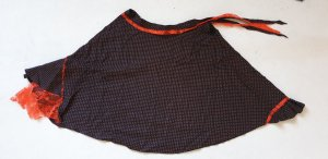 Flared Skirt black-red