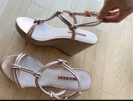 Prada Keilabsatz Sandalen, Roségold