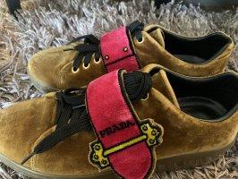 Prada Samt Sneaker